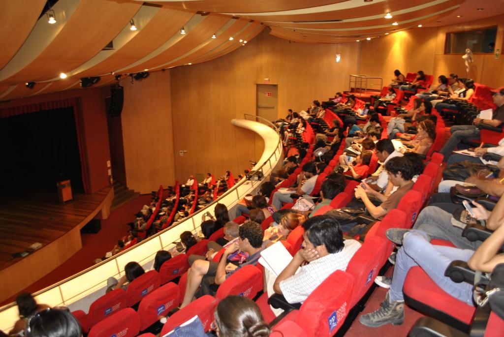 1 Conferenza alla Biblioteca Nacional del Perù